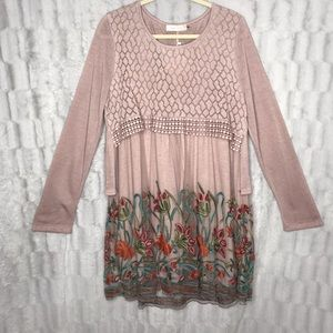 NWT Simply Couture Lace Floral Long Sleeve Dress